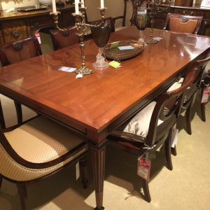 regentbanquet_diningtable